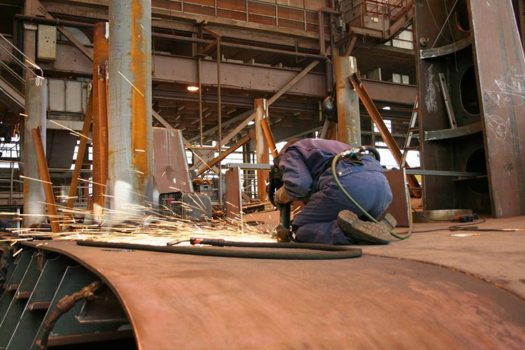 Polscy spawacze zatrudnieni w norweskich stoczniach zarabiają w granicach 150-160 koron.